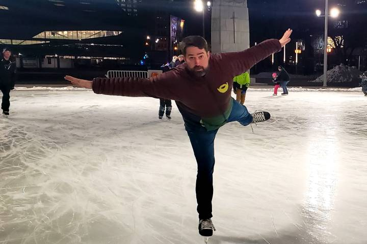 Edmonton man travels across Canada to skate and raise money for women's shelters