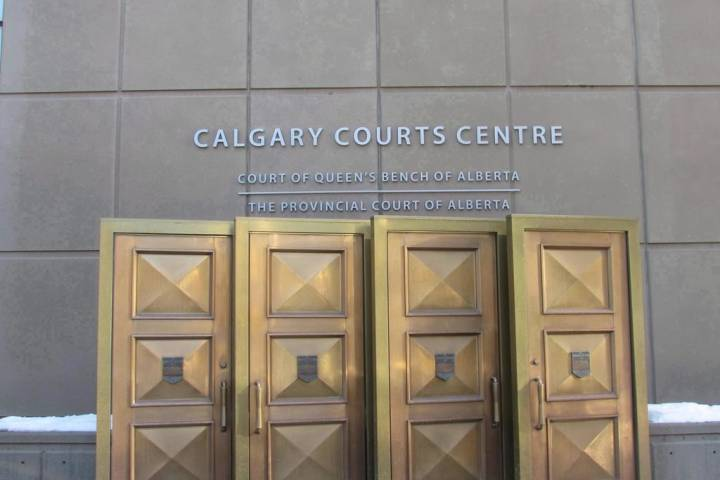 Canadian legal experts worried about coronavirus court