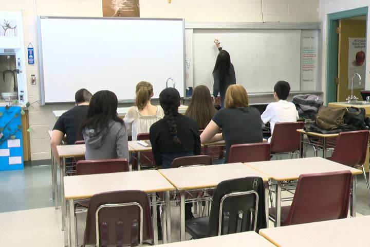 Coronavirus: Alberta school boards review fees amid temporary COVID-19 school closures