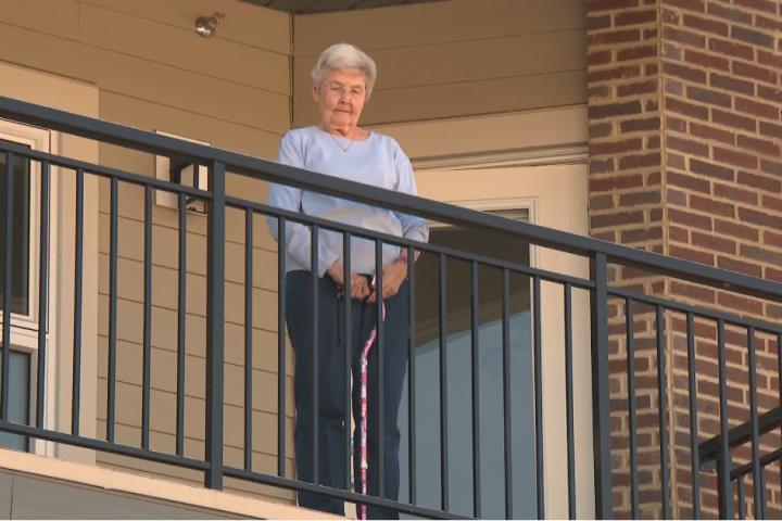 Coronavirus: How Edmonton seniors are coping with self-isolation