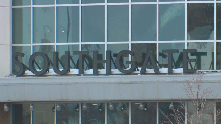Coronavirus: Malls in Edmonton limit access following provincial government order to shut down non-essential business
