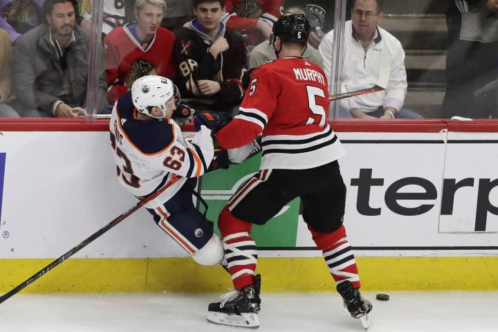 Edmonton Oilers' rally falls short in Chicago