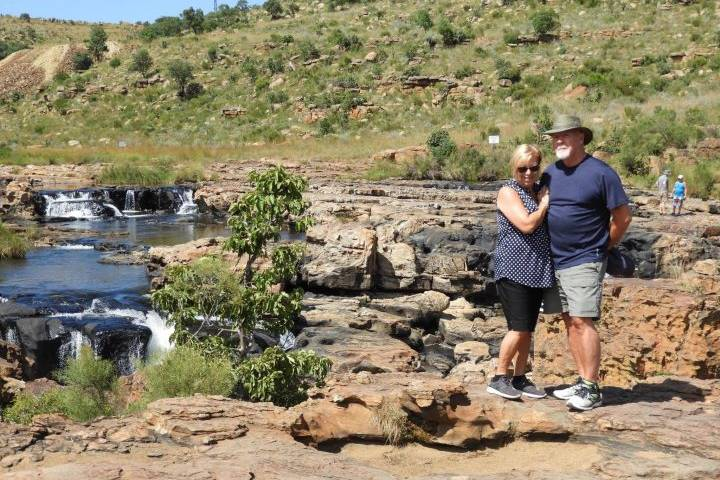 Edmonton-area couple among Canadians stranded in South Africa amid lockdown