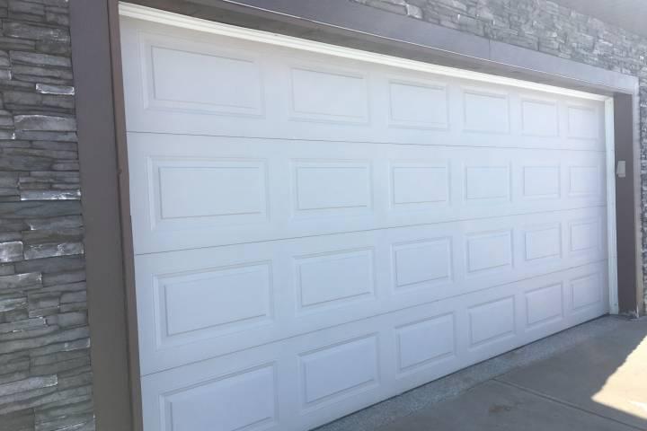 Garages in south Edmonton neighbourhoods targeted in recent break-and-enters