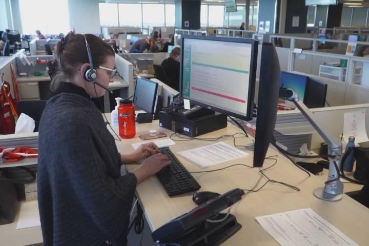 Health Link, Edmonton police 911 experience high call volumes amid coronavirus pandemic