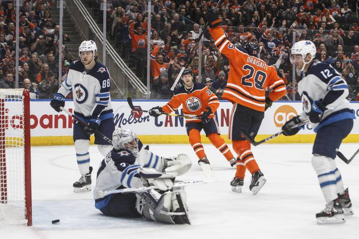 Leon Draisaitl tops 100 points as Edmonton Oilers stop Jets