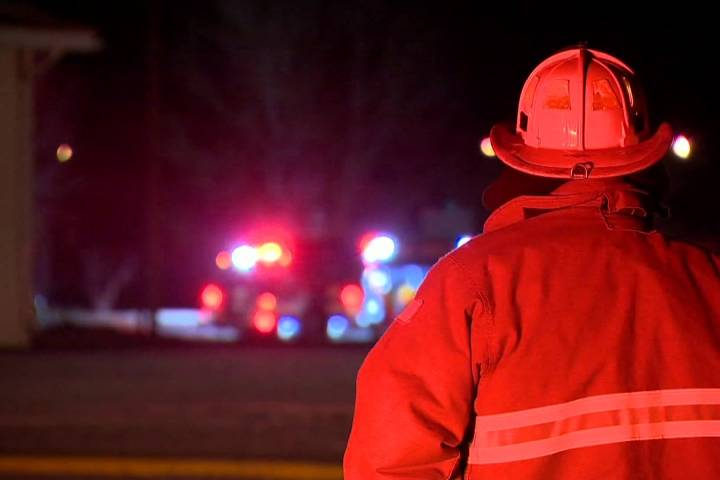 Man injured in Pineridge duplex fire on Sunday