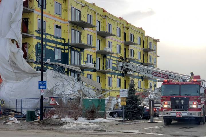 Scaffolding collapses at southwest Edmonton construction site