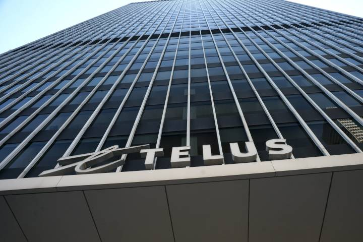 TELUS mobility customers experiencing outages in parts of Alberta