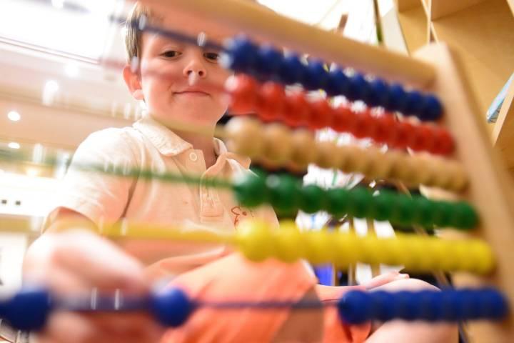 University of Alberta med students offer child care to doctors amid coronavirus pandemic