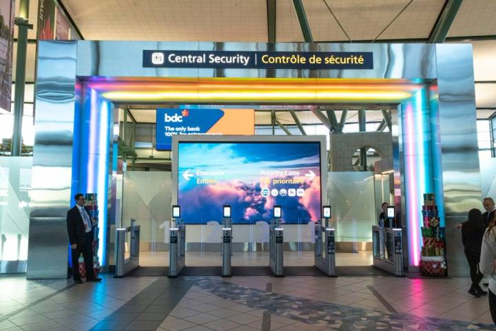 Unreturned calls, automated emails: Albertans stuck abroad have trouble returning home