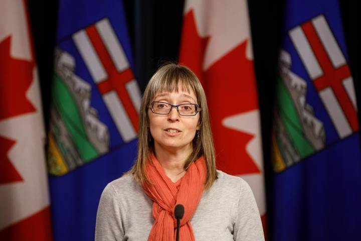 Alberta health officials to hold daily COVID-19 update Friday afternoon