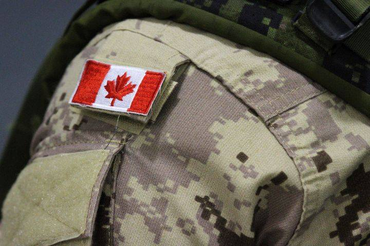 Canadian troops await word on quarantine location upon return from Ukraine