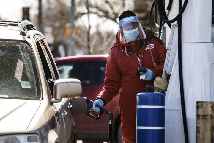 Coronavirus: 241 new cases in Alberta as 4 more people in long-term care homes die