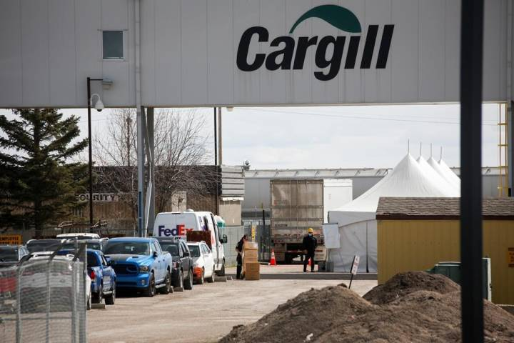 'Death is so real': Immigrant group says meat workers afraid after COVID-19 plant closure