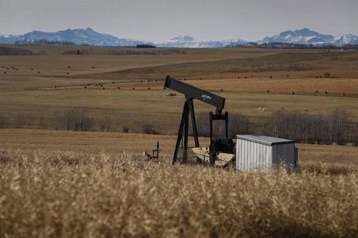 Despite OPEC agreement, Canadian oilpatch cutbacks expected to continue