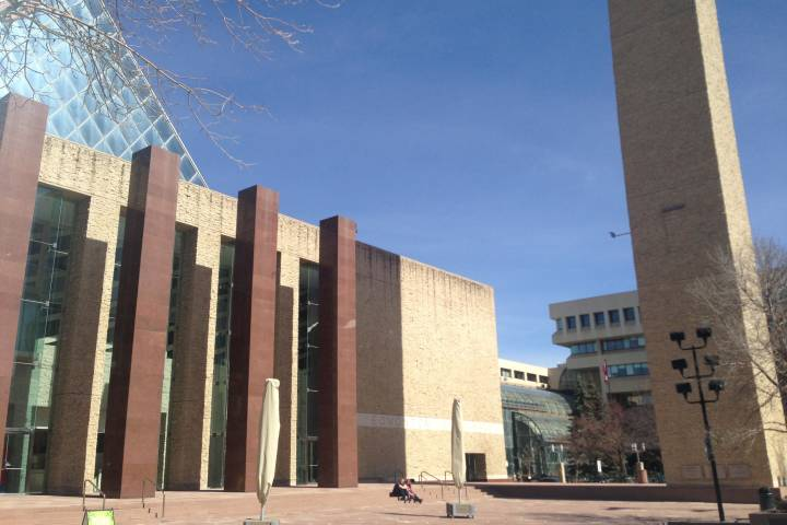 Edmonton city council approves property tax increase for homeowners, decrease for buisiness