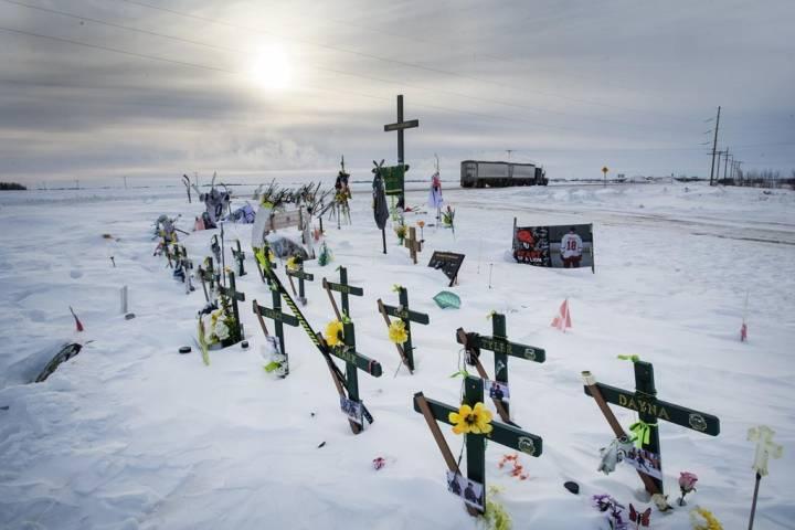 Humboldt Broncos families to quietly mark anniversary of Saskatchewan bus crash