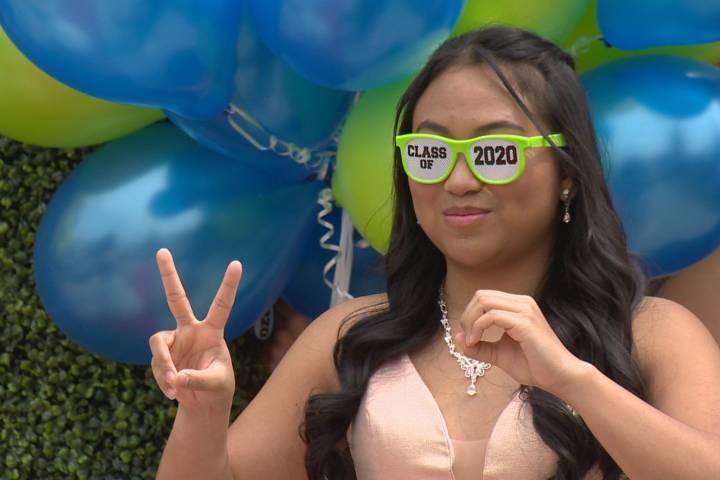 Coronavirus: Calgary class of 2020 celebrates physically distanced graduation in backyard