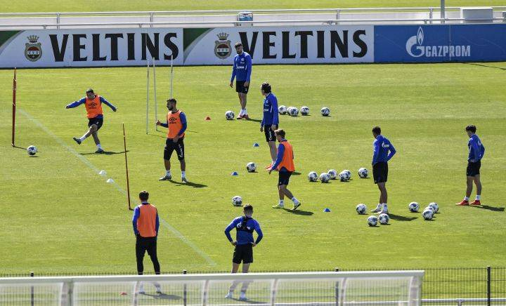 Coronavirus: FC Edmonton coach to watch for more than just play on the pitch when Bundesliga resumes season