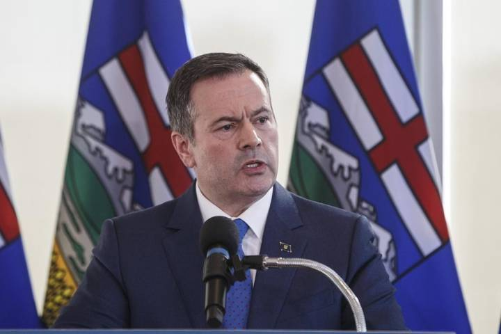 'Eye-popping': UCP criticized for premier's staff salaries totalling $2.9M