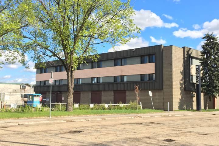 Former jockey dorm proposed to help house homeless Edmontonians