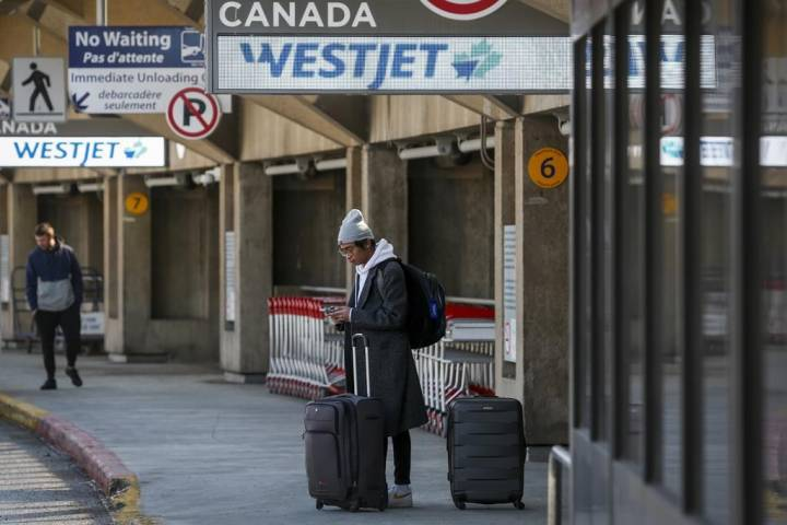 Grappling with layoffs, WestJet asks minister for labour code exemptions