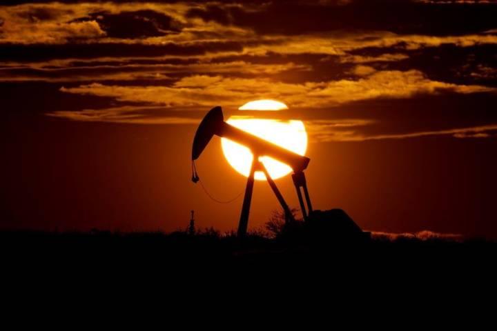 MEG Energy cuts capital spending plan again, reports $284M Q1 loss