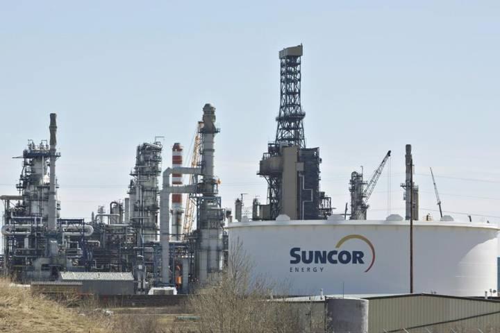 Suncor reports $3.5 billion in losses due to low oil prices