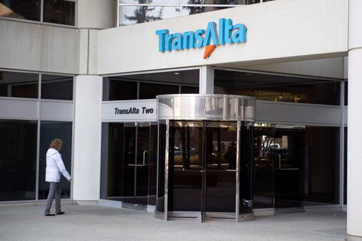 TransAlta reports $27M first quarter profit compared with a loss a year ago
