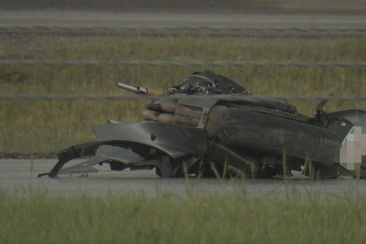 Man dead after motorcycle crash on Stoney Trail in Calgary