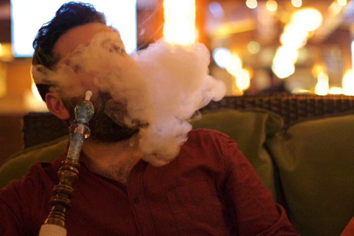 AHS orders Calgary restaurant to stop offering shisha services during COVID-19 pandemic