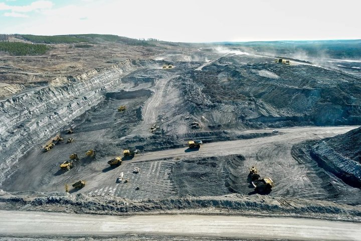 Feds urged to do own review of proposed coal mine expansion near Hinton