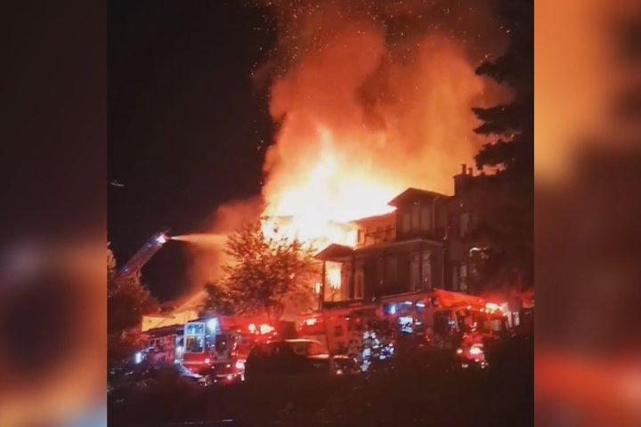 Fire crews fight early morning blaze in Calgary's Bridgeland neighbourhood