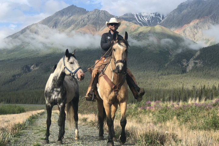 Globe-galloping cowboy Filipe Masetti Leite to ride into Calgary after 8-year journey