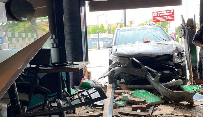 Vehicle with stolen plates crashes into restaurant on Edmonton's 118 Avenue