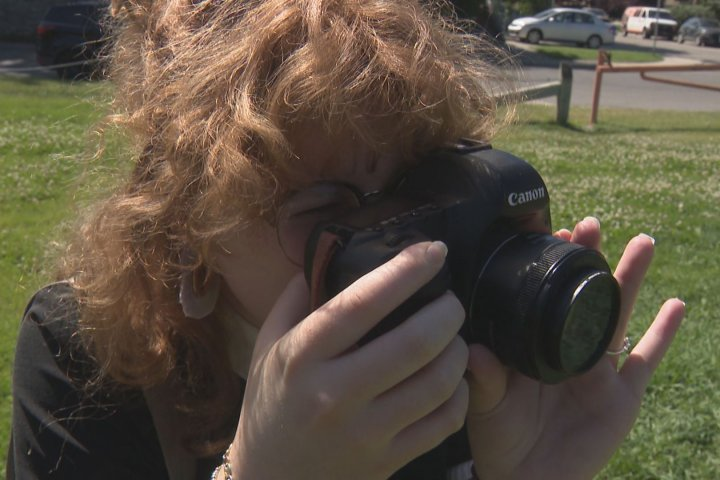 Calgary photographer warns others after being targeted by 'overpayment scam'