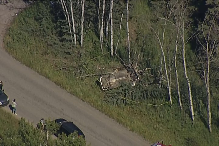 Driver facing charges after serious crash near Priddis, Alta.