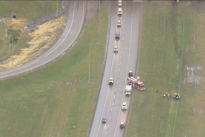 Police investigate serious collision on Anthony Henday Drive in northeast Edmonton