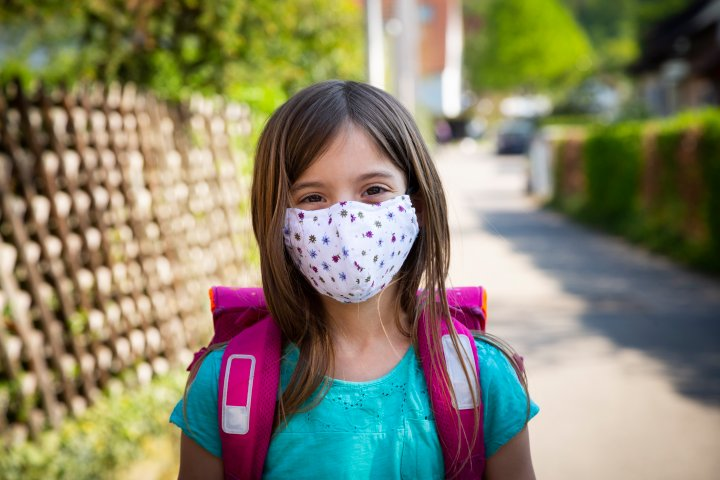 Vast majority of Alberta's masks for schoolchildren made in China and Mexico