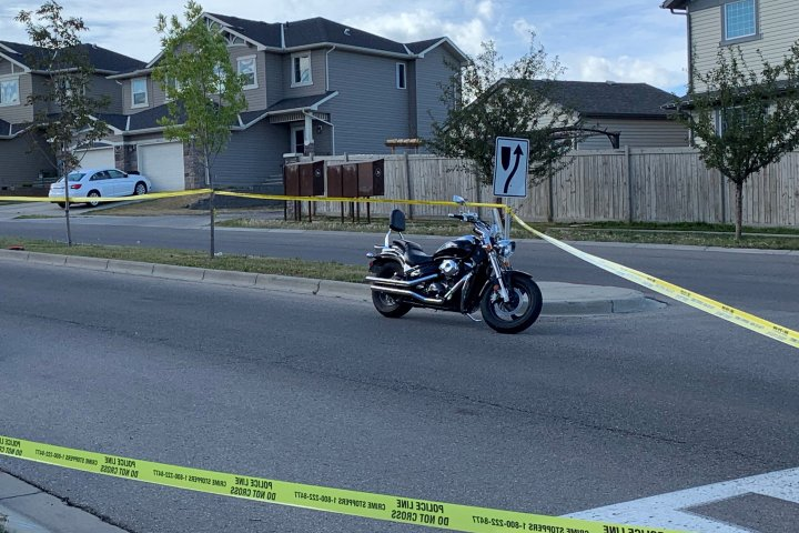 4-year-old girl rushed to hospital after crash with motorcycle in northwest Calgary