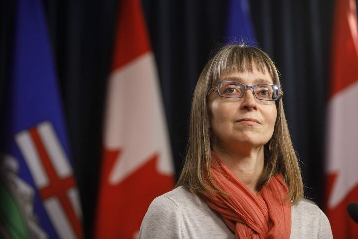 Alberta's top doctor to offer update on province's COVID-19 response Monday