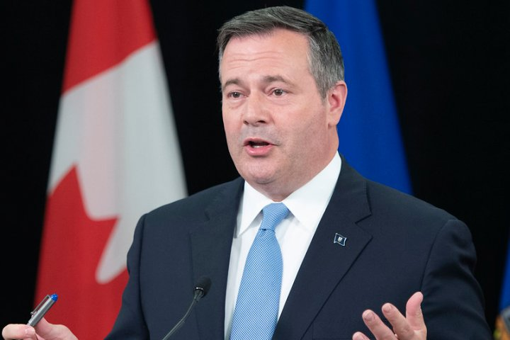 Alberta Premier Jason Kenney not self-isolating after premiers' meeting with COVID-19 case connection