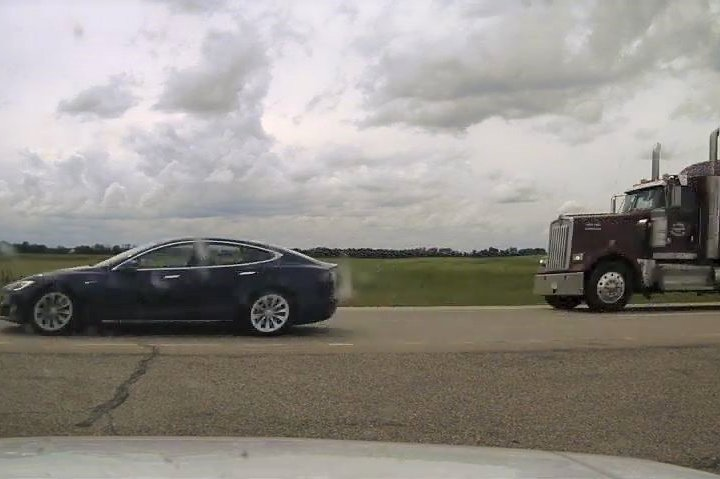 Alberta RCMP charge driver allegedly sleeping in a self-driving, speeding Tesla on Highway 2