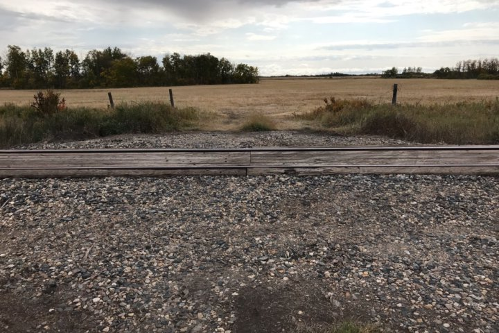 Prairie landowners on the hook for rail crossing upgrades ask for extension, consultation