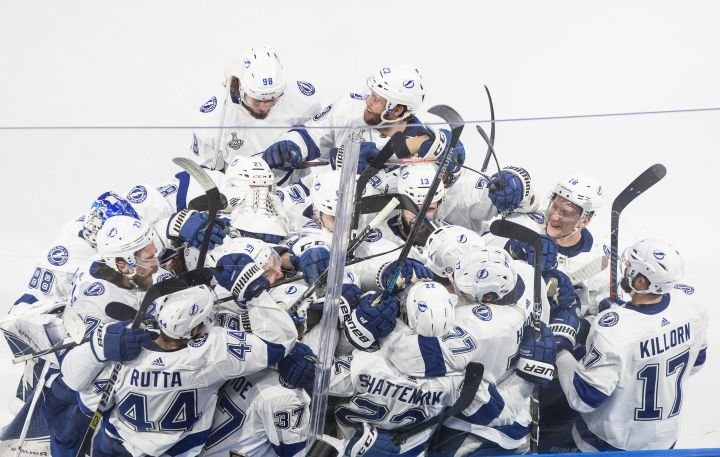 Tampa Bay wins Game 4 against Dallas in OT, takes 3-1 stranglehold on Stanley Cup Final