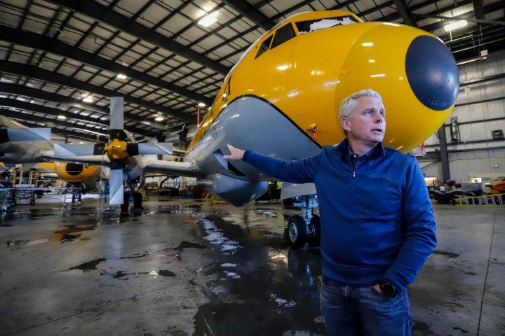 Alberta air tanker fleet helping in U.S. as Canada sees drop in wildfires