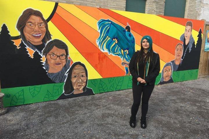 Artist hopes new mural celebrating women will 'bring warmth' to inner-city Edmonton