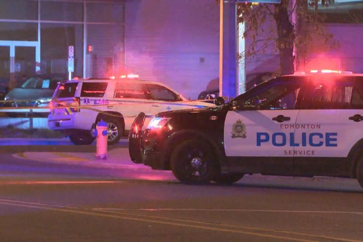 Man seriously injured in downtown assault, Edmonton police say