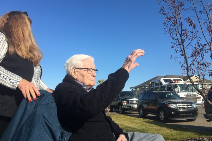 'My eyes filled with tears': 97-year-old Alberta veteran gets birthday surprise of a lifetime